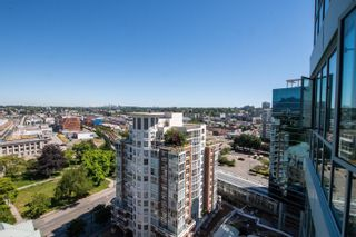 """Photo 4: 1704 1188 QUEBEC Street in Vancouver: Downtown VE Condo for sale in """"CITY GATE 1"""" (Vancouver East)  : MLS®# R2600026"""