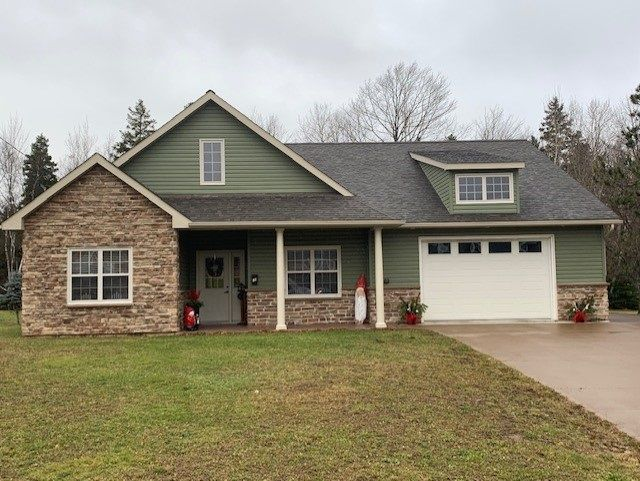 Main Photo: 15 Parkview Drive in New Glasgow: 106-New Glasgow, Stellarton Residential for sale (Northern Region)  : MLS®# 202025243