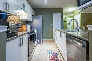 Photo 3: 32 717 Aspen Rd in : CV Comox (Town of) Row/Townhouse for sale (Comox Valley)  : MLS®# 862538