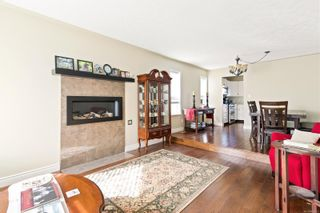 Photo 2: 596 ALEXANDER Dr in : CR Willow Point House for sale (Campbell River)  : MLS®# 881822
