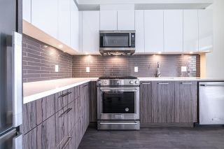Photo 4: 701 258 NELSON'S Court in New Westminster: Sapperton Condo for sale : MLS®# R2617910