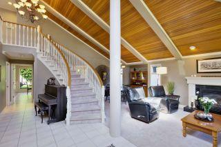 Photo 2: 255 67A Street in Delta: Boundary Beach House for sale (Tsawwassen)  : MLS®# R2001653