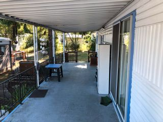 Photo 2: 60 8266 KING GEORGE Boulevard in Surrey: Bear Creek Green Timbers Manufactured Home for sale : MLS®# R2615416