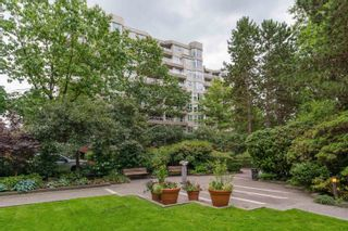 """Photo 18: 509 522 MOBERLY Road in Vancouver: False Creek Condo for sale in """"Discovery Quay"""" (Vancouver West)  : MLS®# R2615076"""