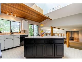 """Photo 7: 5693 246B Street in Langley: Salmon River House for sale in """"Strawberry Hills"""" : MLS®# R2581295"""