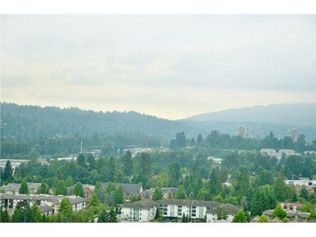 """Photo 15: Photos: 2307 2980 ATLANTIC Avenue in Coquitlam: North Coquitlam Condo for sale in """"THE LEVO"""" : MLS®# R2042903"""
