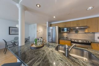 "Photo 7: TH103 1288 MARINASIDE Crescent in Vancouver: Yaletown Townhouse for sale in ""Crestmark"" (Vancouver West)  : MLS®# R2281597"