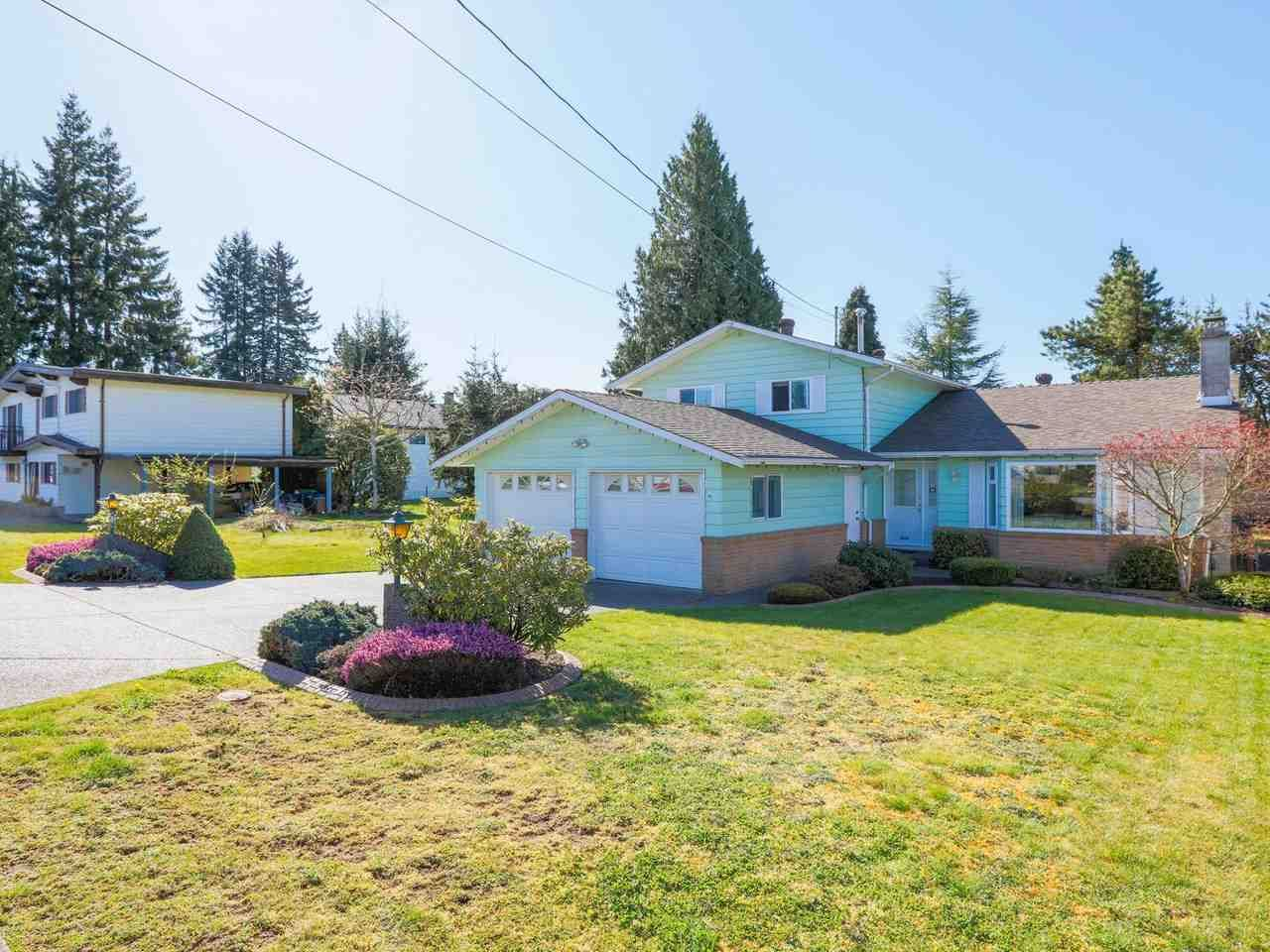 Photo 2: Photos: 1422 GROVER Avenue in Coquitlam: Central Coquitlam House for sale : MLS®# R2568207