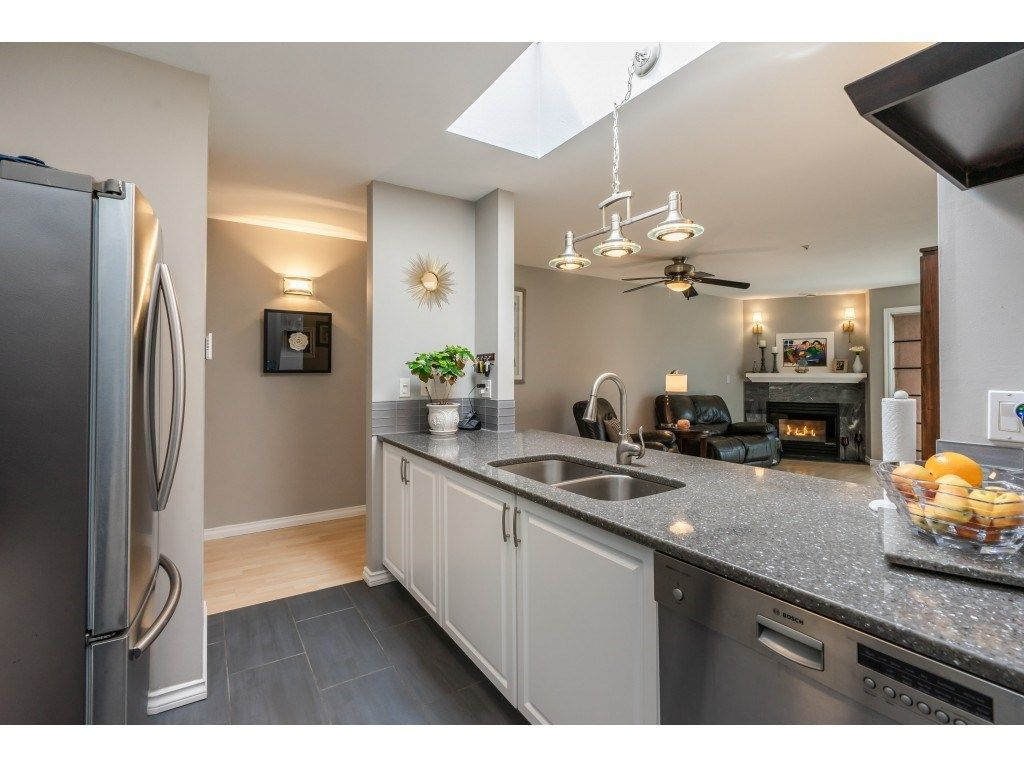 Main Photo: 407 20277 53 in Langley: Langley City Condo for sale : MLS®# R2466451