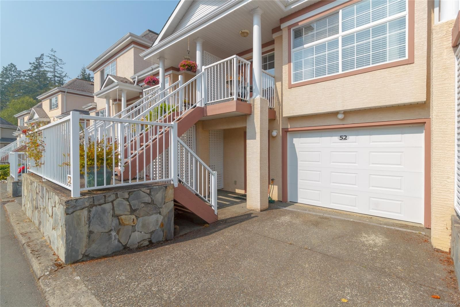 Photo 2: Photos: 52 14 Erskine Lane in : VR Hospital Row/Townhouse for sale (View Royal)  : MLS®# 855642