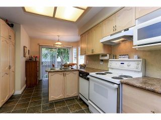 """Photo 8: 33 9168 FLEETWOOD Way in Surrey: Fleetwood Tynehead Townhouse for sale in """"The Fountains"""" : MLS®# F1414728"""