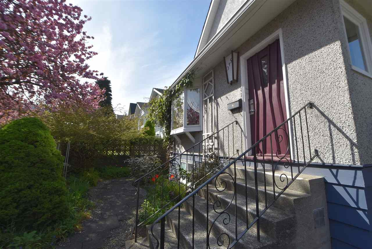 Main Photo: 315 E 17TH AVENUE in Vancouver: Main House for sale (Vancouver East)  : MLS®# R2286079