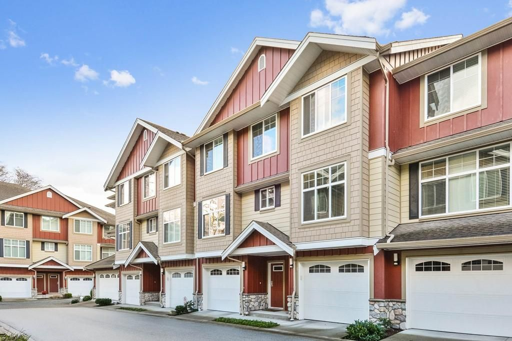 Main Photo: 17 3009 156 STREET in : Grandview Surrey Townhouse for sale : MLS®# R2239073