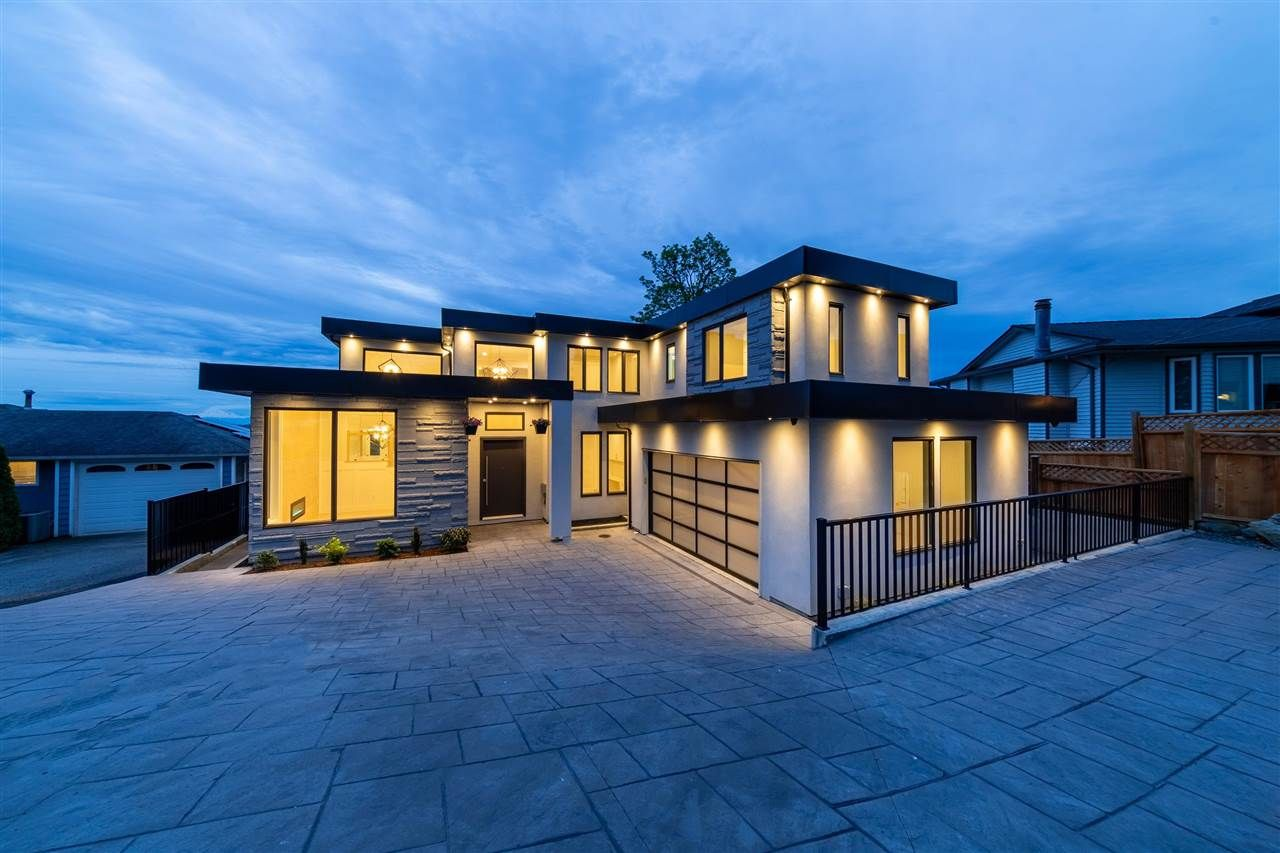 Main Photo: 2230 DAWES HILL ROAD in Coquitlam: Cape Horn House for sale : MLS®# R2574687