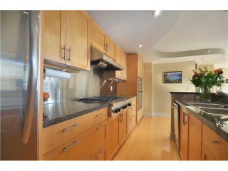 Photo 5: 2401 969 RICHARDS Street in Vancouver: Downtown VW Condo for sale (Vancouver West)  : MLS®# V992058