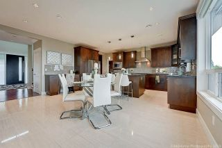 Photo 7: 1355 HOLDOM Avenue in Burnaby: Parkcrest House for sale (Burnaby North)  : MLS®# R2388302
