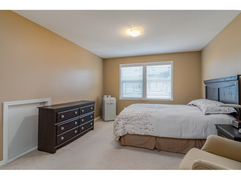 """Photo 19: Photos: 5 6588 188 Street in Surrey: Cloverdale BC Townhouse for sale in """"HILLCREST PLACE"""" (Cloverdale)  : MLS®# R2532394"""
