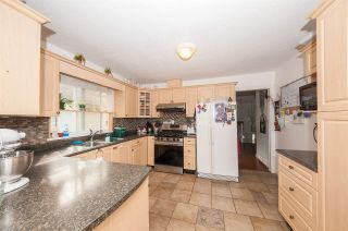 Photo 7: 14963 98 Avenue in Surrey: Guildford House for sale (North Surrey)  : MLS®# R2502958