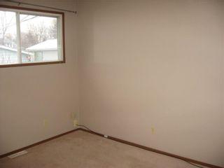 Photo 6: 220 50 Avenue: Claresholm Semi Detached for sale : MLS®# C4048339