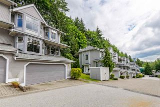 """Photo 3: 9279 GOLDHURST Terrace in Burnaby: Forest Hills BN Townhouse for sale in """"Copper Hill"""" (Burnaby North)  : MLS®# R2466536"""