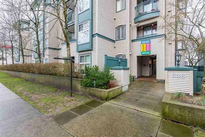 FEATURED LISTING: 308 - 688 16TH Avenue East Vancouver