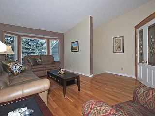 Photo 2: 160 HAWKHILL Way NW in CALGARY: Hawkwood Residential Detached Single Family for sale (Calgary)  : MLS®# C3533005