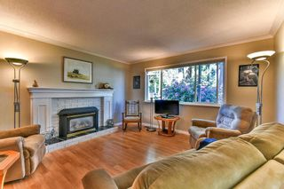 Photo 2: 3566 198A Street in Langley: Brookswood Langley House for sale : MLS®# R2069768