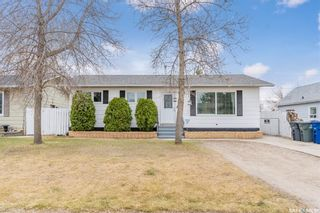 Photo 1: 618 1st Street South in Martensville: Residential for sale : MLS®# SK852334