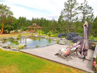 Photo 5: 1716 Woodsend Dr in VICTORIA: SW Granville House for sale (Saanich West)  : MLS®# 805881