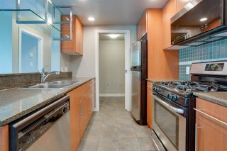 """Photo 9: 305 550 PACIFIC Street in Vancouver: Yaletown Condo for sale in """"AQUA AT THE PARK"""" (Vancouver West)  : MLS®# R2580655"""