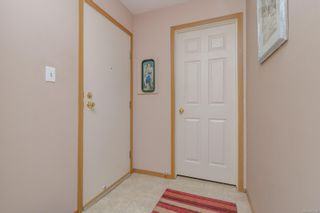 Photo 6: 111 10459 Resthaven Dr in : Si Sidney North-East Condo for sale (Sidney)  : MLS®# 877016