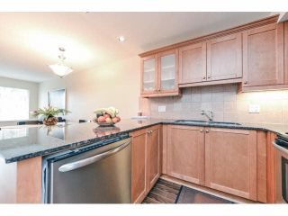 Photo 6: 111 1969 WESTMINSTER Avenue in Port Coquitlam: Glenwood PQ Condo for sale : MLS®# V1099942