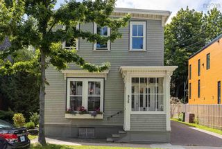 Photo 2: 956 Ivanhoe Street in Halifax: 2-Halifax South Residential for sale (Halifax-Dartmouth)  : MLS®# 202121224