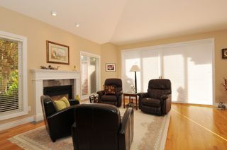 Photo 33: 2305 139A Street in Chantrell Park: Home for sale : MLS®# f1317444