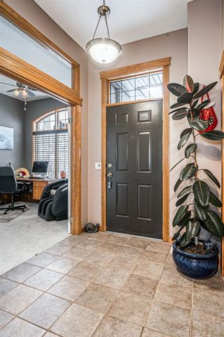 Photo 10: 121 Edgeridge Park NW in Calgary: Edgemont Detached for sale : MLS®# A1066577