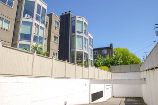 """Photo 13: 207 2238 ETON Street in Vancouver: Hastings Condo for sale in """"ETON HEIGHTS"""" (Vancouver East)  : MLS®# R2454959"""