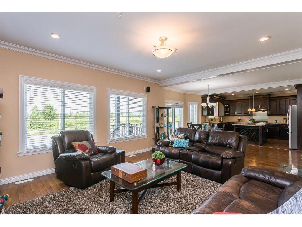 "Photo 17: Photos: 12457 DAVENPORT Drive in Maple Ridge: Northwest Maple Ridge House for sale in ""MCIVOR MEADOWS"" : MLS®# R2483626"