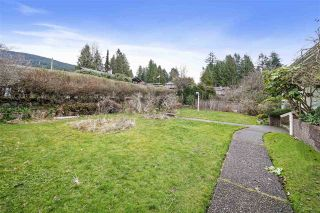 Photo 6: 151 CARISBROOKE Crescent in North Vancouver: Upper Lonsdale House for sale : MLS®# R2558225