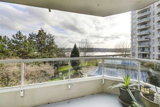 """Photo 10: 405 71 JAMIESON Court in New Westminster: Fraserview NW Condo for sale in """"Palace Quay"""" : MLS®# R2543088"""