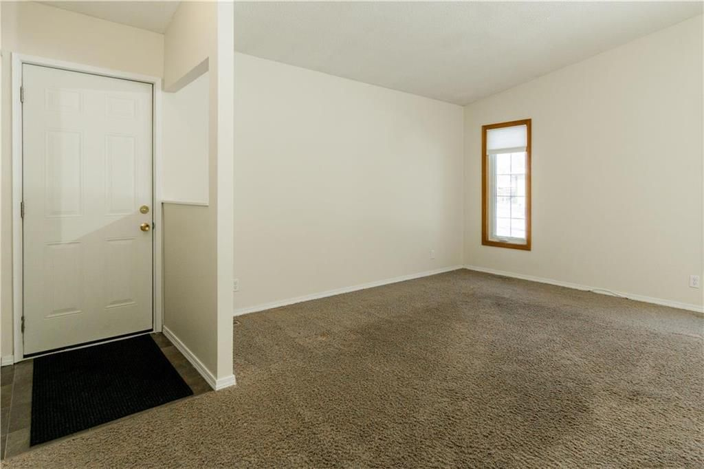 Photo 7: Photos: 114 Laurent Drive in Winnipeg: Richmond Lakes Residential for sale (1Q)  : MLS®# 202002780