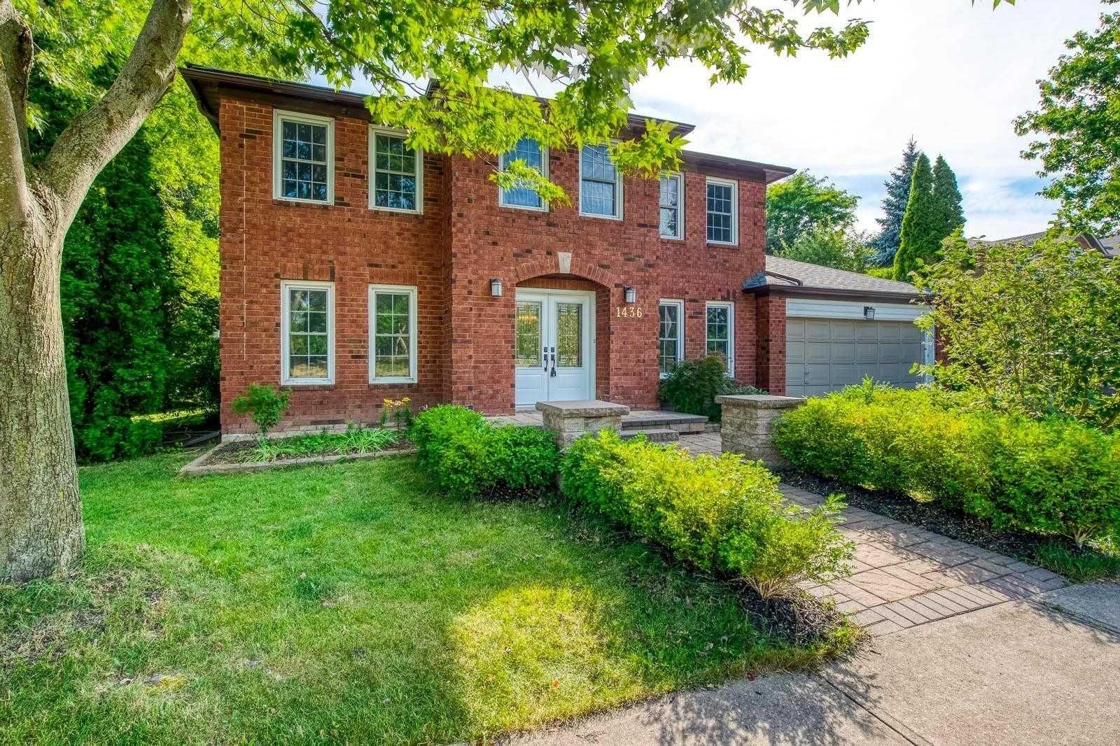 Main Photo: 1436 Ambercroft Lane in Oakville: Glen Abbey House (2-Storey) for lease : MLS®# W4832628