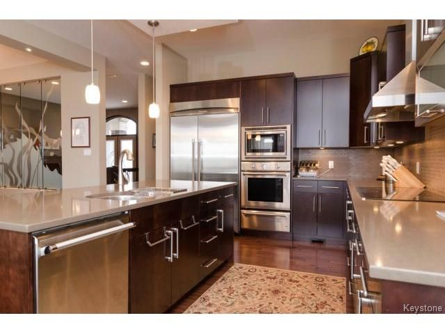 Photo 13: Photos:  in ESTPAUL: Birdshill Area Residential for sale (North East Winnipeg)  : MLS®# 1409442