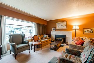 Photo 2: 6731 HUMPHRIES Avenue in Burnaby: Highgate House for sale (Burnaby South)  : MLS®# R2333588