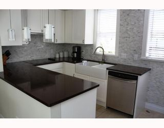"""Photo 2: 828 W 7TH Avenue in Vancouver: Fairview VW Townhouse for sale in """"CASA DEL ARROYA"""" (Vancouver West)  : MLS®# V779570"""
