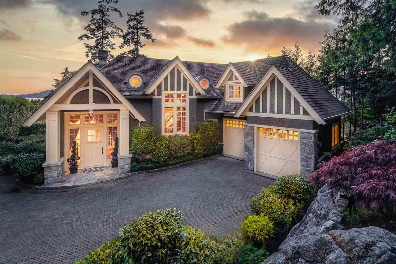 Main Photo: 5347 KEW CLIFF Road in West Vancouver: Caulfeild House for sale : MLS®# R2471226