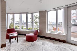 """Photo 32: 1214 1768 COOK Street in Vancouver: False Creek Condo for sale in """"Venue One"""" (Vancouver West)  : MLS®# R2625843"""