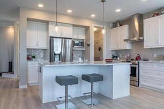 Photo 3: 10 McCrindle Bay in Winnipeg: Charleswood Residential for sale (1H)  : MLS®# 202100404