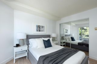 """Photo 13: 206 1988 MAPLE Street in Vancouver: Kitsilano Condo for sale in """"The Maples"""" (Vancouver West)  : MLS®# R2597512"""