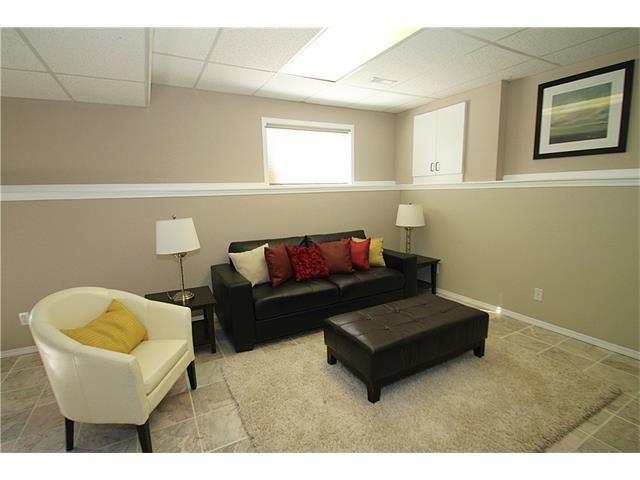 Photo 32: Photos: 122 HIDDEN RANCH Circle NW in Calgary: Hidden Valley House for sale : MLS®# C4075298