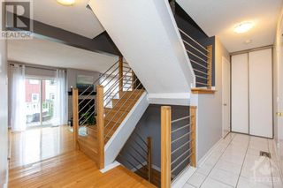 Photo 4: 800 GADWELL COURT in Ottawa: House for sale : MLS®# 1260835